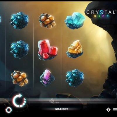 Play Crystal Rift Online!