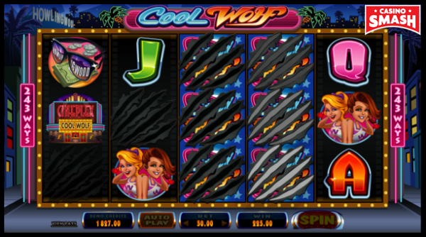Cool Wolf Online Slot Rolling Reels Feature