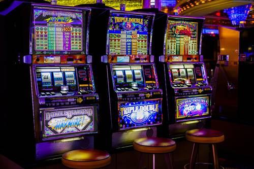 Najlepsze gry w kasynach online