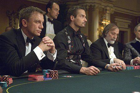 Lataa pokeri viisi korttiak